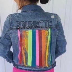 Judith March Brunette